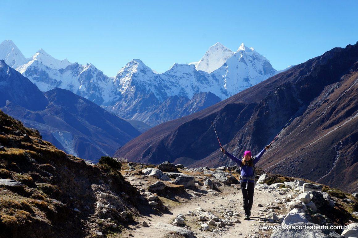 2016-10-13-dughla-sherpa-memorial-lobuche-2