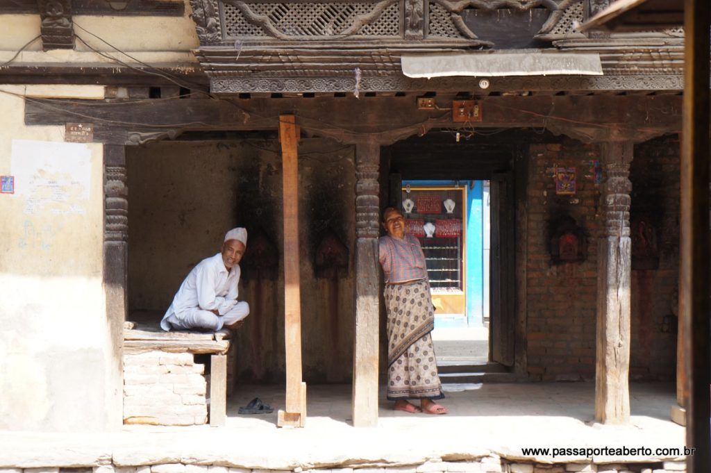 Visita a uma vila budista