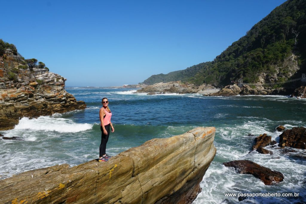 Vista da praia que tem acesso à trilha do mirante!