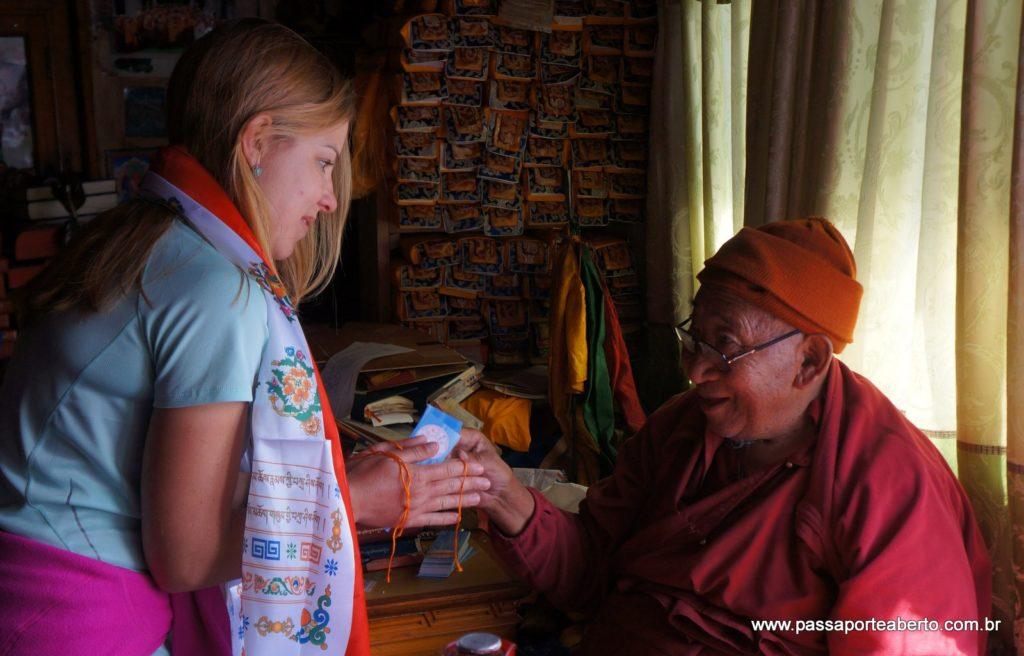 Com um Lama Budista, em sua casa, no Nepal!