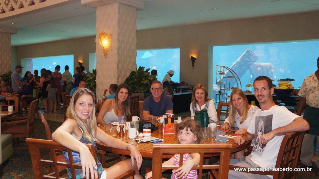 Café da manhã em família!